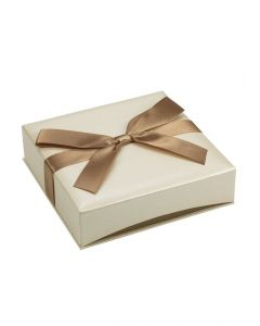 2/Pack Ribbon-Wrapped Cream Faux Linen Necklace Jewelry Gift Box, 6 5/8 x 6 5/8 x 1 3/4""